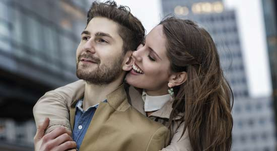 Quest-ce que flirter regarder